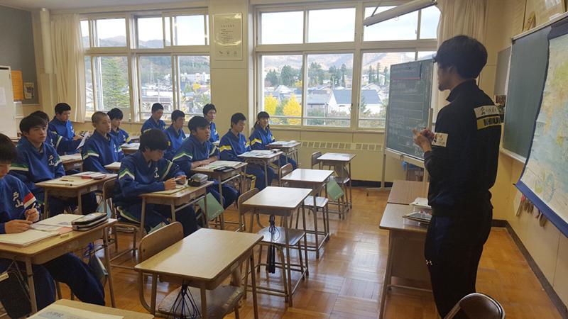 戸山中学校職業講話の様子